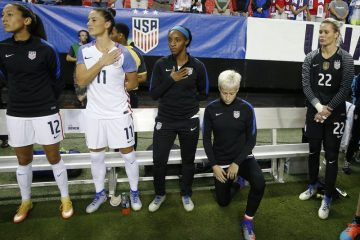 soccer kneeling national anthem